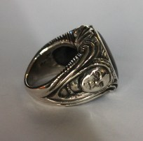 Ring with two faces; silver, pietersite