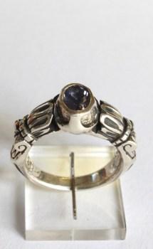 Ring: silver, iolite