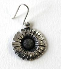 Gazania: : Earrings, silver