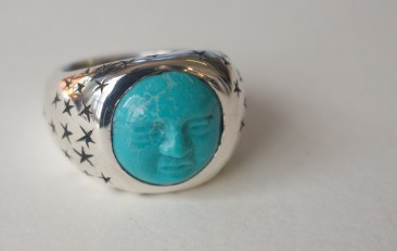 Blue Moon Face ring: silver, turquoise