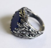 Foliage ring: silver, lapis lazuli