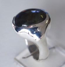 Ring: silver, amethyst