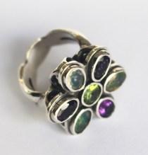 Ring: silver, peridot, amethysts, opals