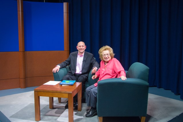 Dr Ruth at Manhattan College (2 of 4)