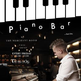 Piano bar with Emil Otto every friday
