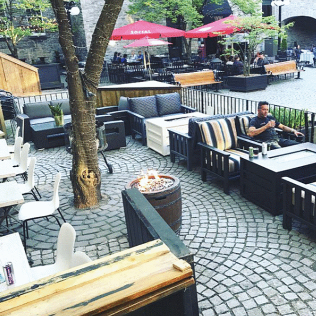 15 George Street - downtown Ottawa patio outside for lease