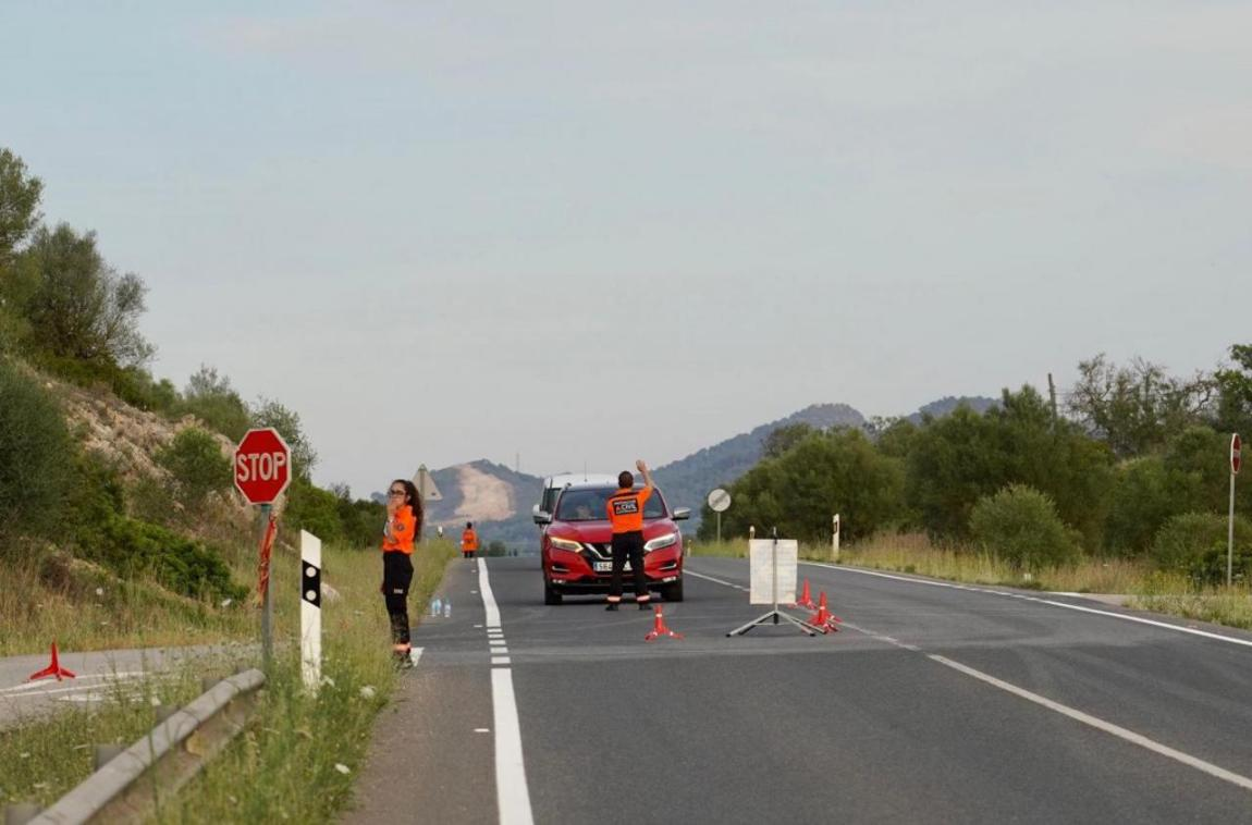 Police & Emergency Services on the Ma-3320, Mallorca.