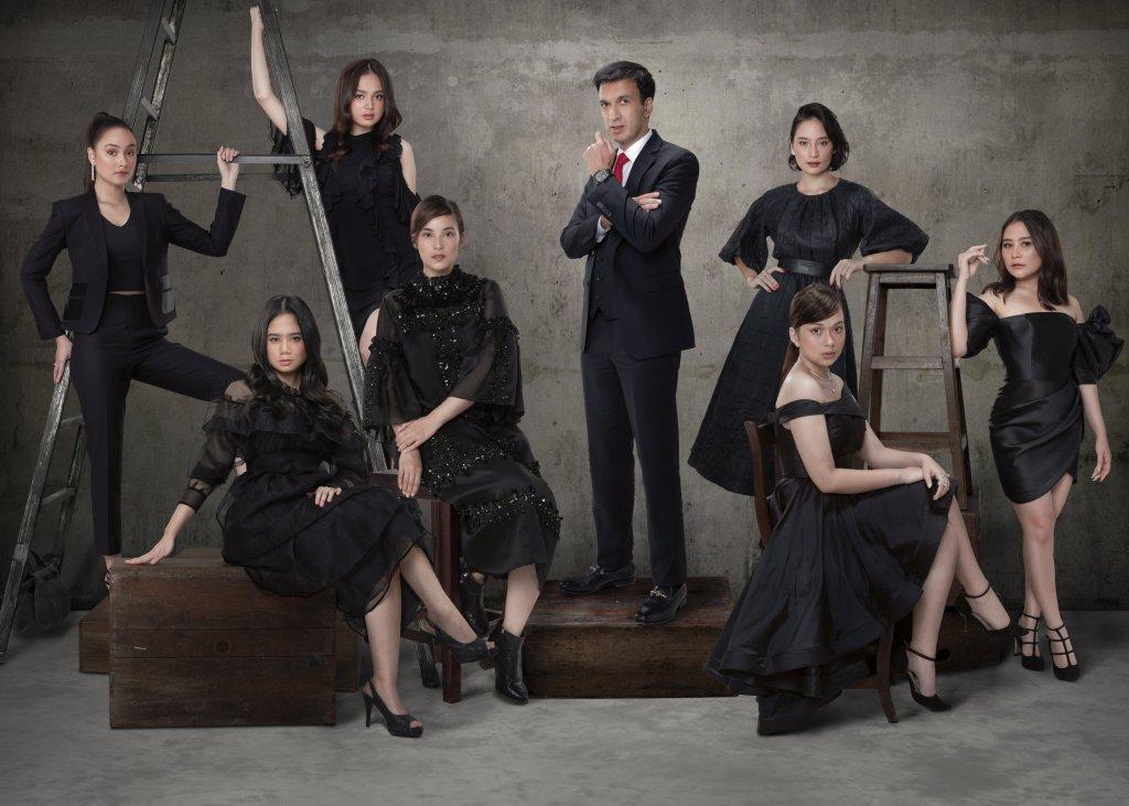 From left to right: Caitlin Halderman, Tissa Biani, Syifa Hadju, Chelsea Islan, Tatjana Saphira, Rebecca Klopper, Prilly Latuconsina