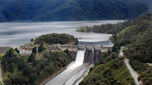Eildon Weir. Click for more information.