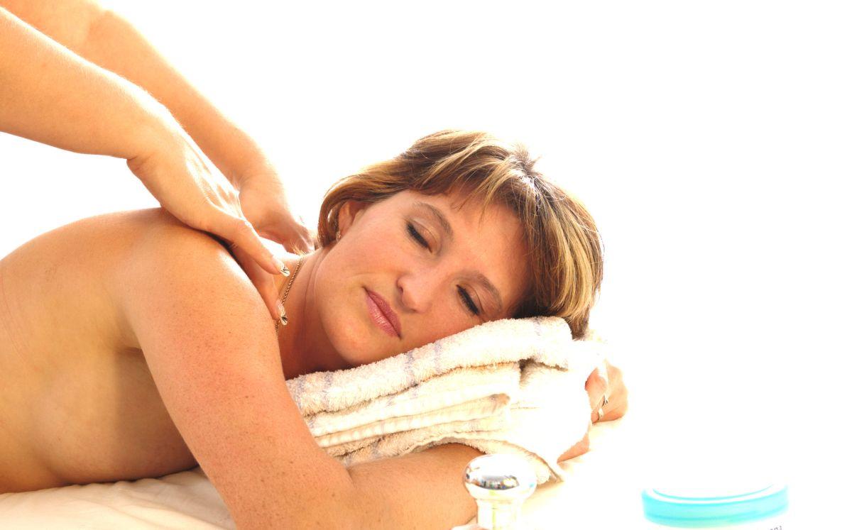 Przepuklina kręgosłupa – leczenie i rehabilitacja