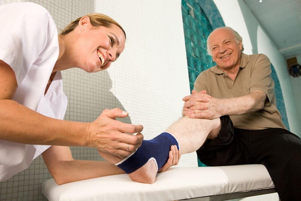 Rehabilitacja po artroskopii kolana – na czym polega
