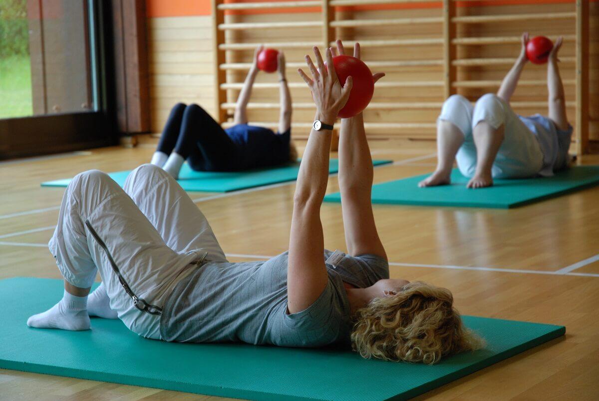 Ból szyi – sprawdź, jak może pomóc rehabilitacja kręgosłupa