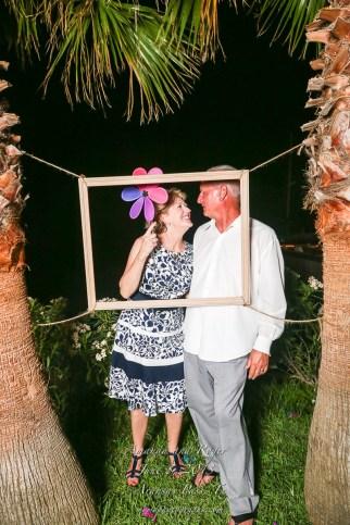Amanda and Roger Photo Fun Station-211