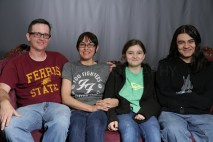 Mothers_Day_Family_Portrait_Day_at_Corpus_Christi_Museum_of_Science_and_History-43