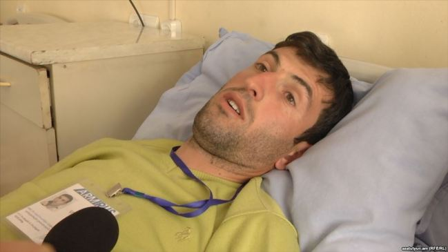 Armenia -- Journalist Tirayr Muradyan beaten up during protests in Yerevan, 19Apr2018
