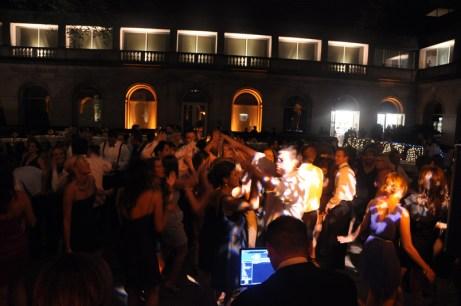 Chicago Wedding DJ MDM at Art Institute