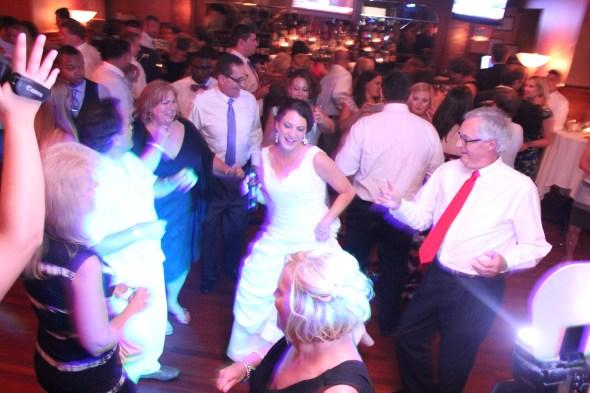 Bride dance at the Wedding at Pazzo's