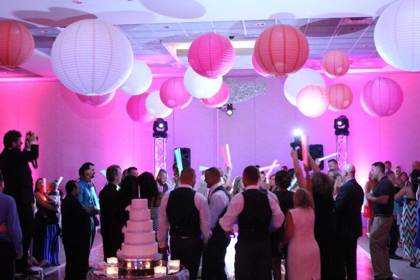 Chicago Wedding Lighting at Belvedere Banquets Wedding