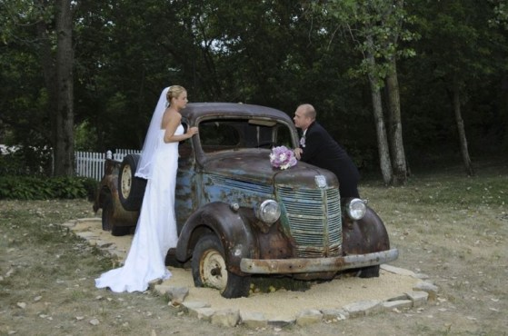 White Pines Inn Rustic Chic Wedding Venue Old Ford