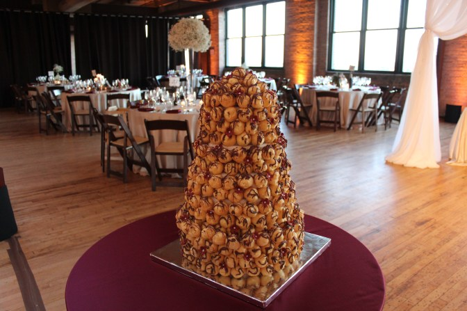 Cream Puff cake at Bridgeport Art Center Wedding