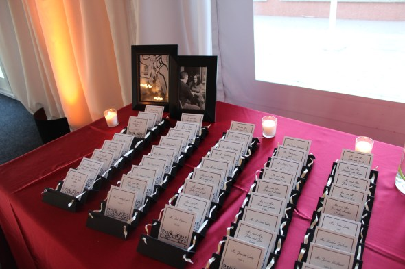 Seating cards at the Westin Itasca Wedding