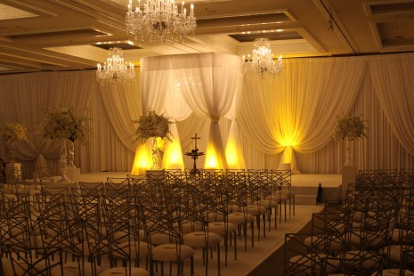 Drape and Lighting for a Wedding at Four Seasons Chicago