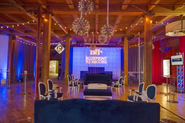 Lighting for a Chicago Networking Event at Lacuna Lofts