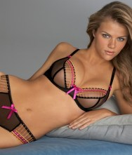 90316_brooklyn-decker-lingerie-16-750x882_122_199lo