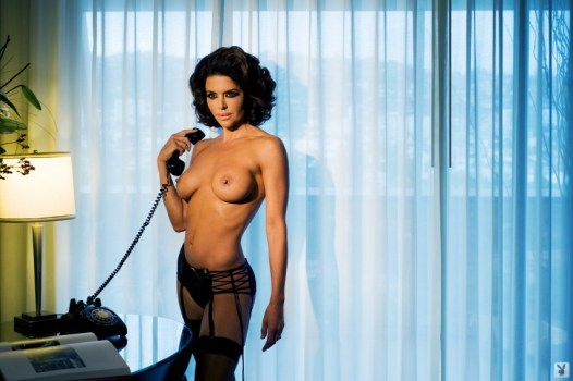 lisa-rinna-nude-pictures-007