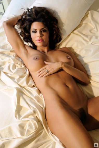 lisa-rinna-nude-pictures-014