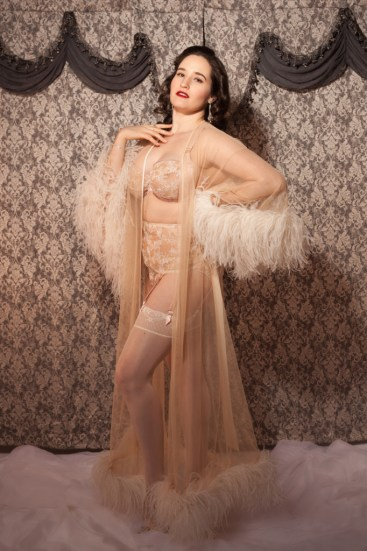 sweet-nothings-reviews-harlow-and-fox-serena-rose-5-lores-682x1024