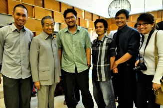 Group photo with Tun Dr. Mahathir
