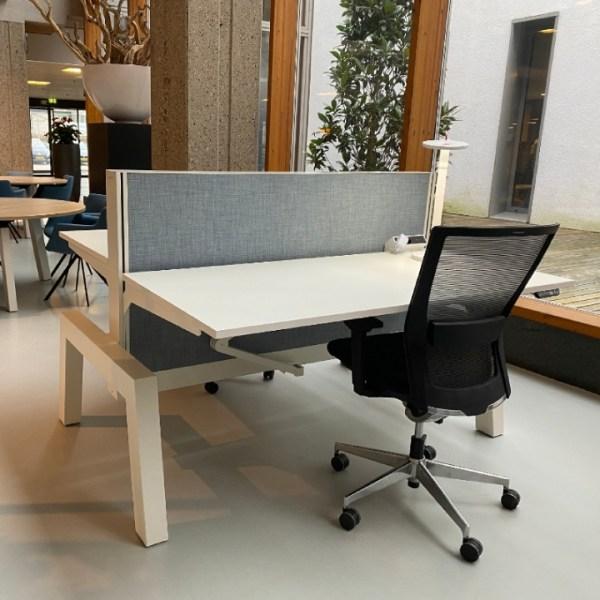 Bàn văn phòng Markant Hybrid Duo 20