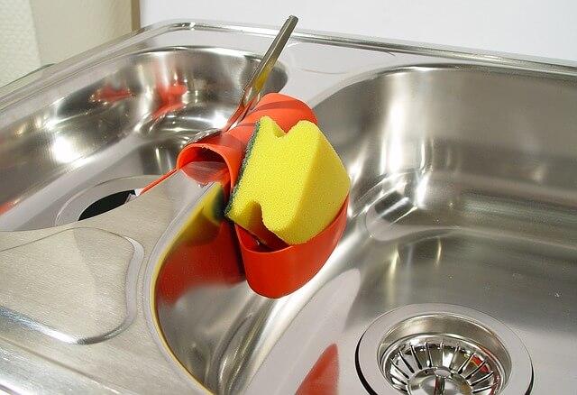 Πώς αφαιρούμε τη γλουτένη από τα εργαλεία της κουζίνας