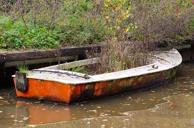 Μια βάρκα ξεχασμένη
