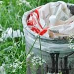 Τον σκουπιδοντενεκέ τον καθαρίζουμε συχνά