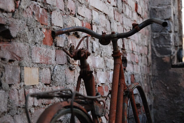 Είναι σκουριασμένο το ποδήλατο;