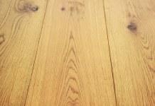 Τρίζει το ξύλινο πάτωμα;