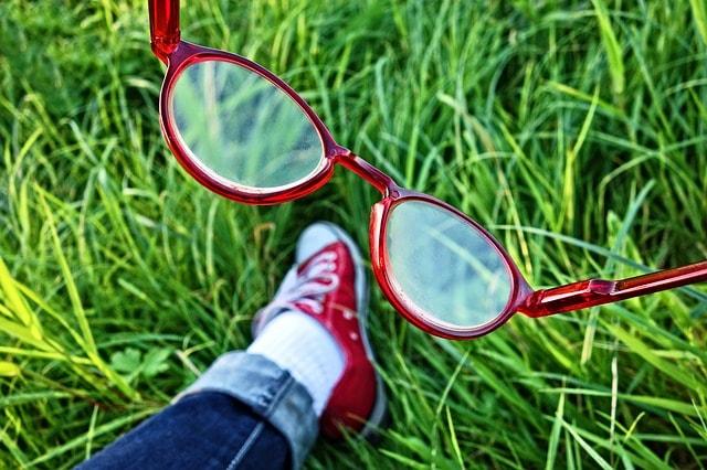 Η συμβουλή του οπτικού αν θολώσουν τα γυαλιά