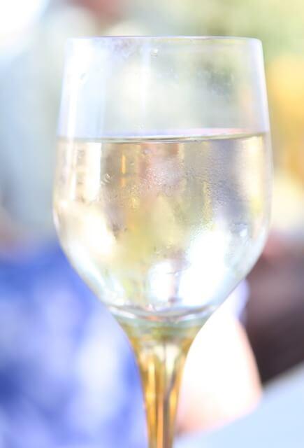 Το κολονάτο ποτήρι που έσπασε, ΔΕΝ θα το πετάξεις
