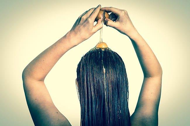 Αυτή είναι η πιο εύκολη μάσκα για τα μαλλιά