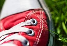 Μη πετάς τα παλιά παπούτσια