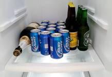 Οργάνωσε σωστά τα μπουκάλια στο ψυγείο