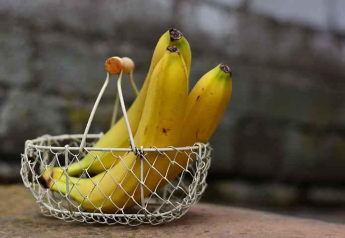 Για να μην ωριμάσουν γρήγορα και μαυρίσουν οι μπανάνες