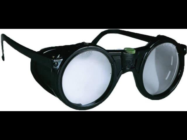 Πως καθαρίζουμε τα γυαλιά εργασίας ή γυαλιά ασφαλείας