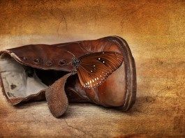 Για τα παπούτσια που έλιωσαν, υπάρχει κόλπο.
