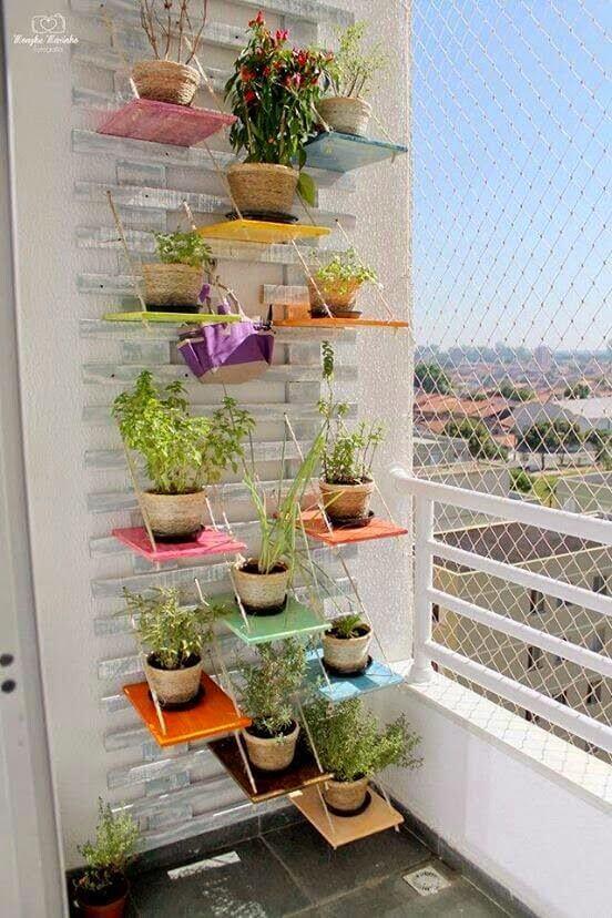 Εξυπνη πρόταση για μικρό μπαλκόνι