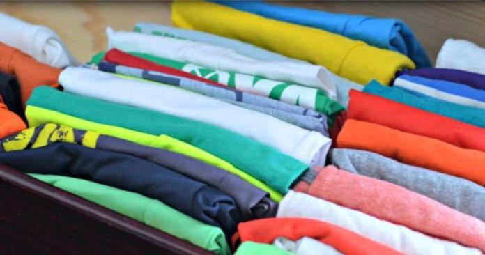 Διπλώστε τα ρούχα σωστά για να γλιτώσετε χώρο
