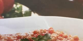 Τοματόρυζο με μοσχοκάρυδο