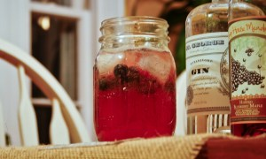 Saphouse blueberry gin cocktail recipe